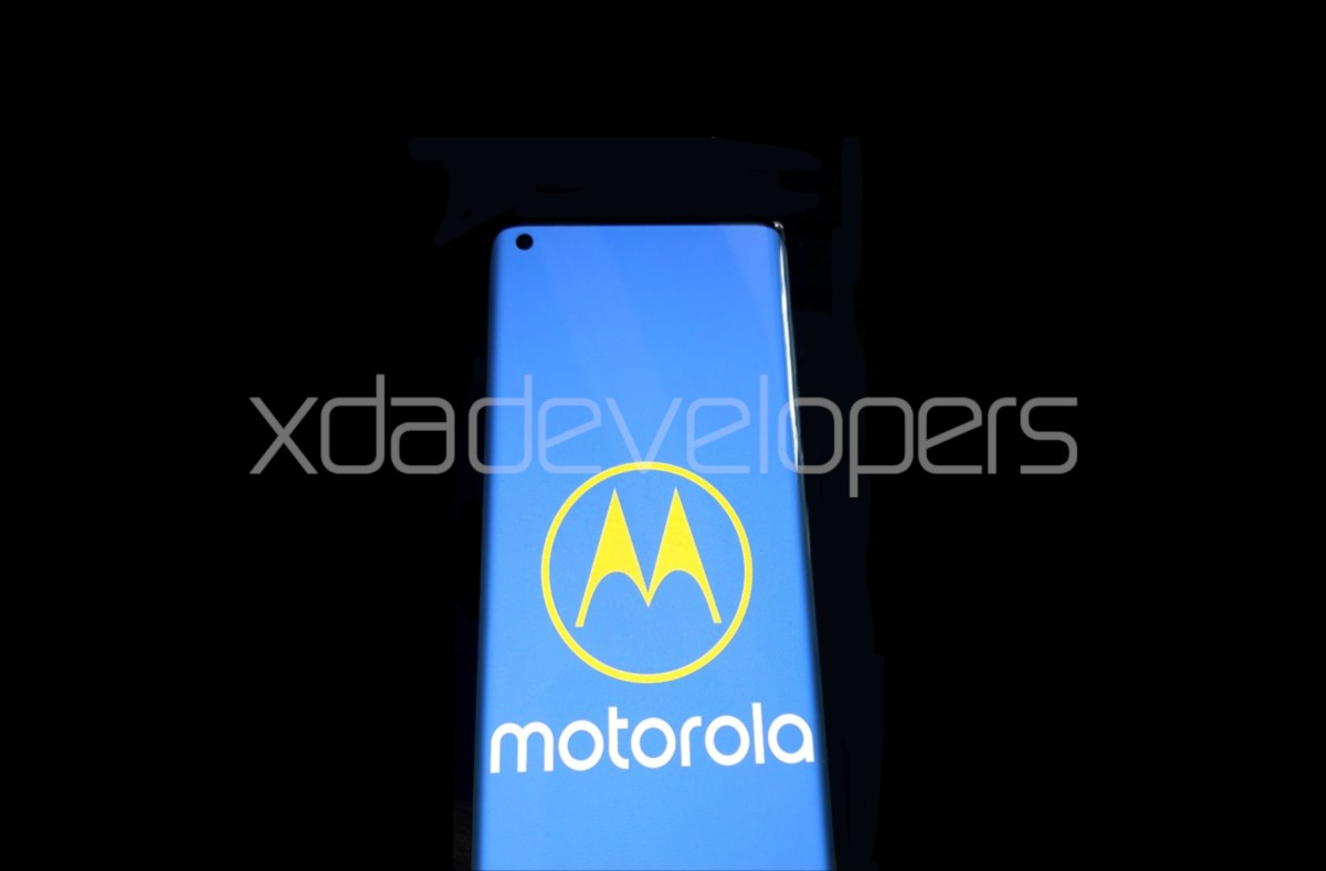 MWC 2020 Motorola Returns To The High-end Smartphones With 5g, Snapdragon 865 And 90 Hz Display