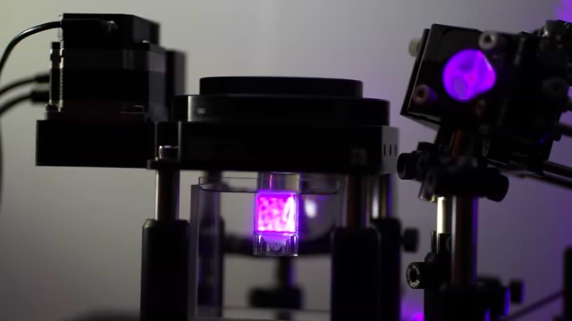 Researchers Develop A New Highly-Precise, Extremely Fast 3D Printing Process