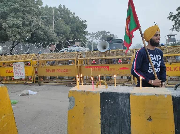 'We Are in Pain… PM Modi Should Understand', Say Protesting Indian Farmers at Delhi Border